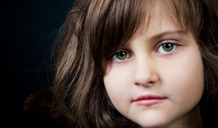 shutterstock 49208323%5b1%5dlittle girl closeup portrait